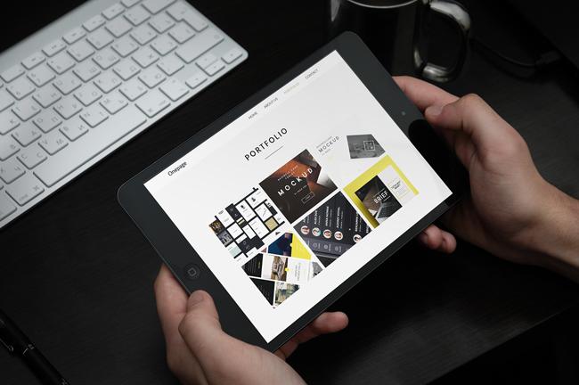 Ejemplo de diseño de web responsive en tablet