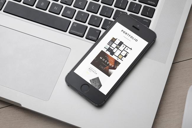 Ejemplo de diseño de web responsive en móvil