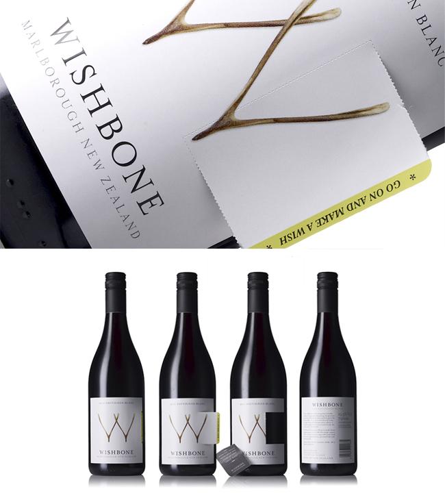 Diseño de etiqueta interactiva para vino Wishbone por el estudio The Creative Method.