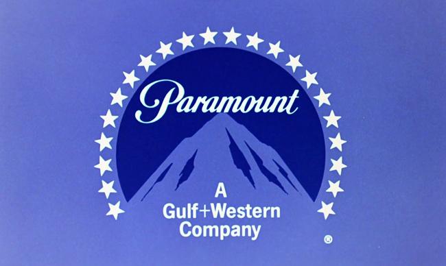 Diseño de logotipo de Paramount Pictures donde aparecen las 24 estrellas que representaban los actores contratados por la empresa.