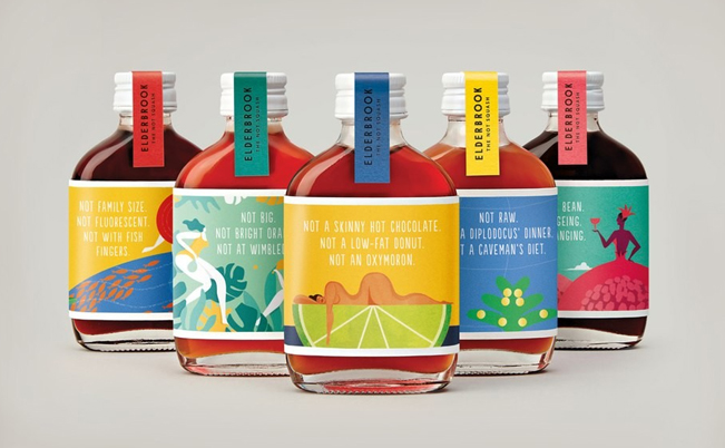 Diseño de etiquetas para botellas de Don't Try Studio.